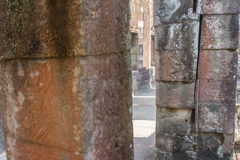 Oude Khmer gravure van Krishna, Angkor stock fotografie