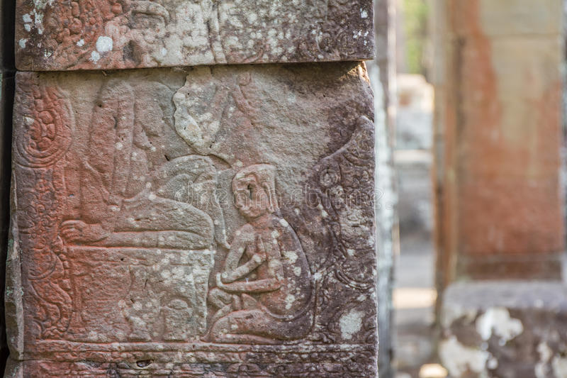 Oude Khmer gravure van Krishna, Angkor stock foto