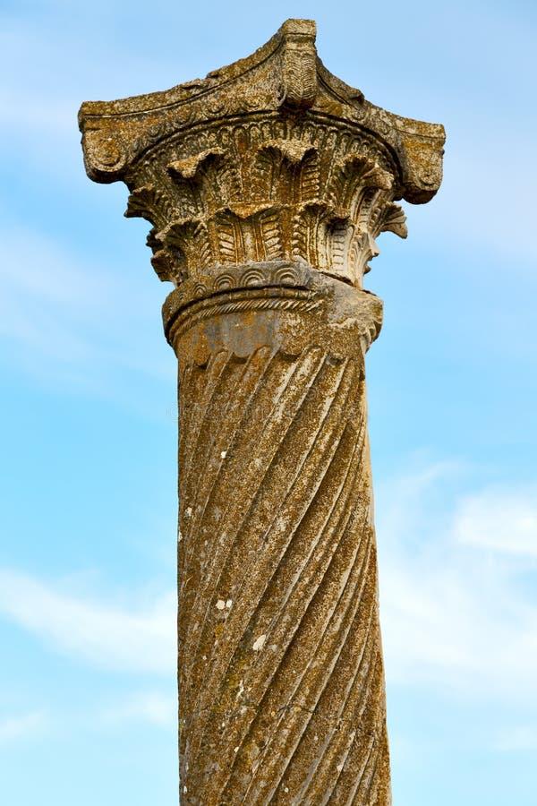 oude kolom in de de hemelgeschiedenis van Afrika royalty-vrije stock foto's