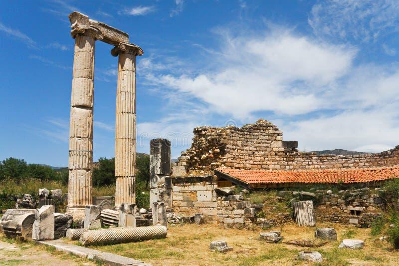 Oude kolommen en ruïnes van muur royalty-vrije stock fotografie