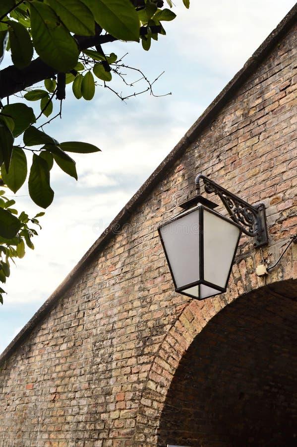 Oude lantaarn, Hogere stad, Zagreb, Kroatië stock fotografie