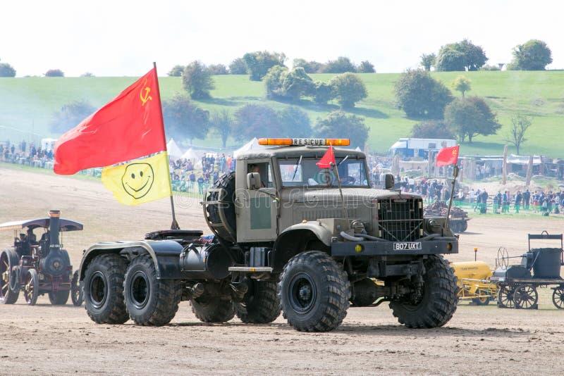 Oude legervrachtwagen royalty-vrije stock foto