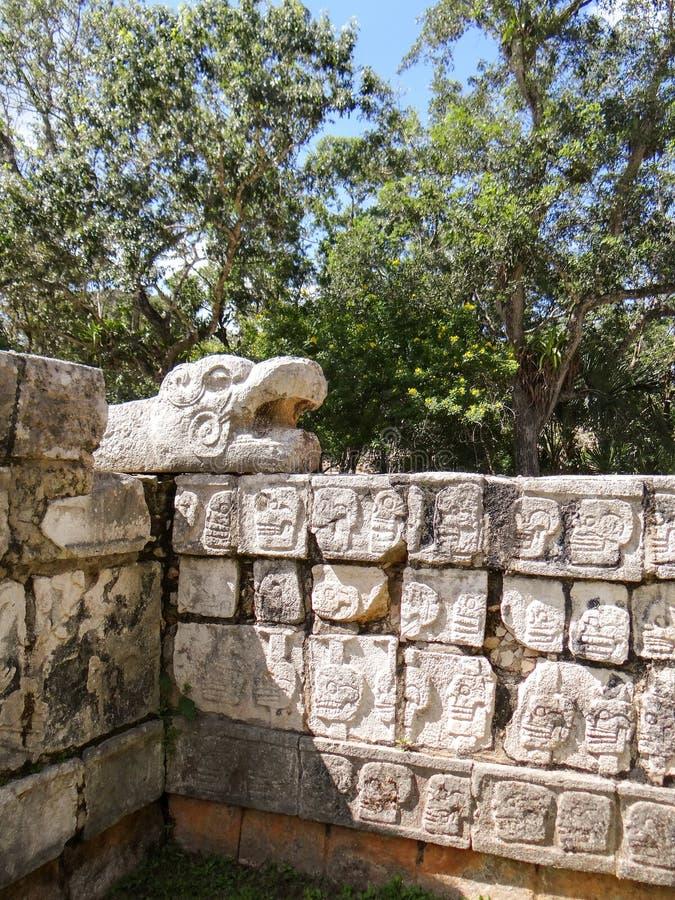 Oude mayan ruïnes van Chichen Itza, het schiereiland Mexico van Yucatan royalty-vrije stock fotografie