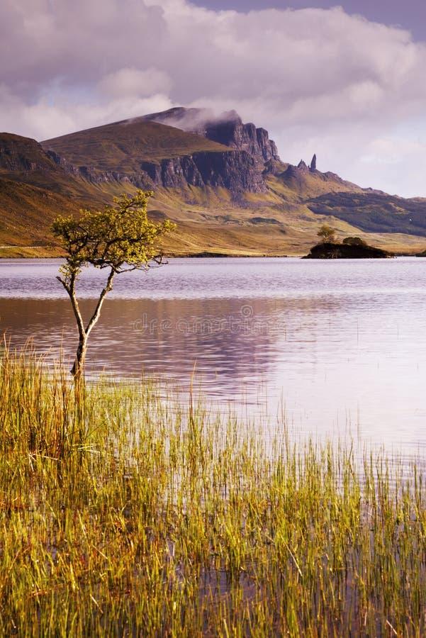 Oude Mens van Storr over Loch royalty-vrije stock afbeeldingen