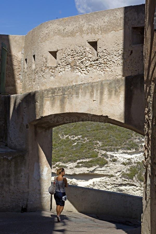 Oude middeleeuwse stad van Bonifacio, het Zuidelijke Eiland van Corsica, Frankrijk stock fotografie