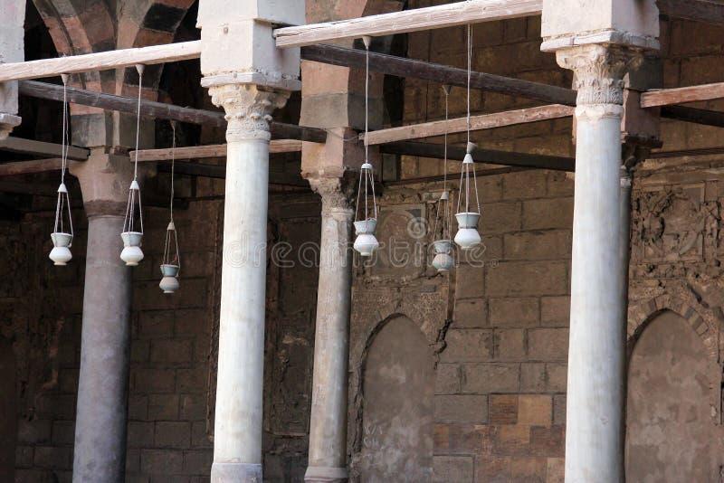 Oude moskee in Kaïro stock afbeeldingen