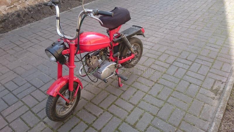 Oude motorfiets royalty-vrije stock foto