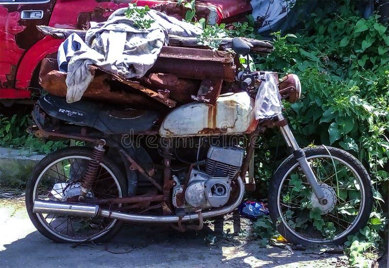 Oude Motorfiets - Mijn Ware Vriend vergeten-1 royalty-vrije stock afbeelding