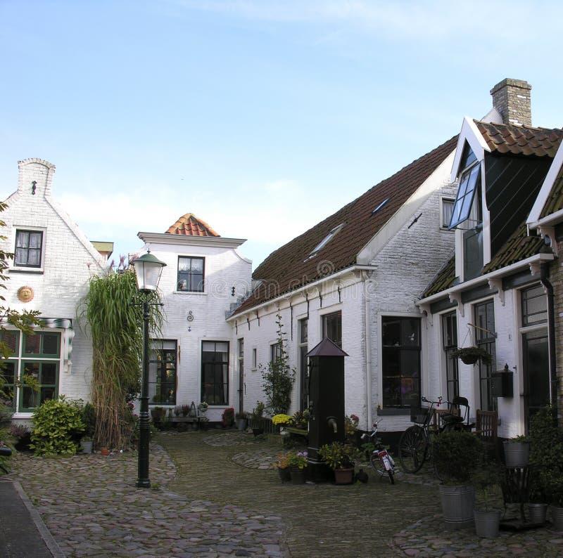 Oude Nederlandse straat stock foto