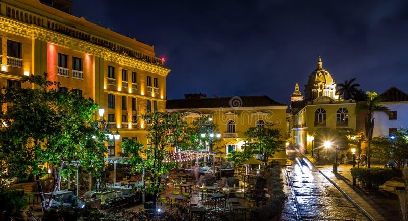 Oude Ommuurde Stad van Cartagena bij nacht, Colombia stock foto's