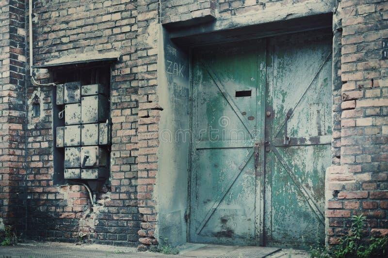 Oude Pakhuisstaalfabrieken stock afbeeldingen