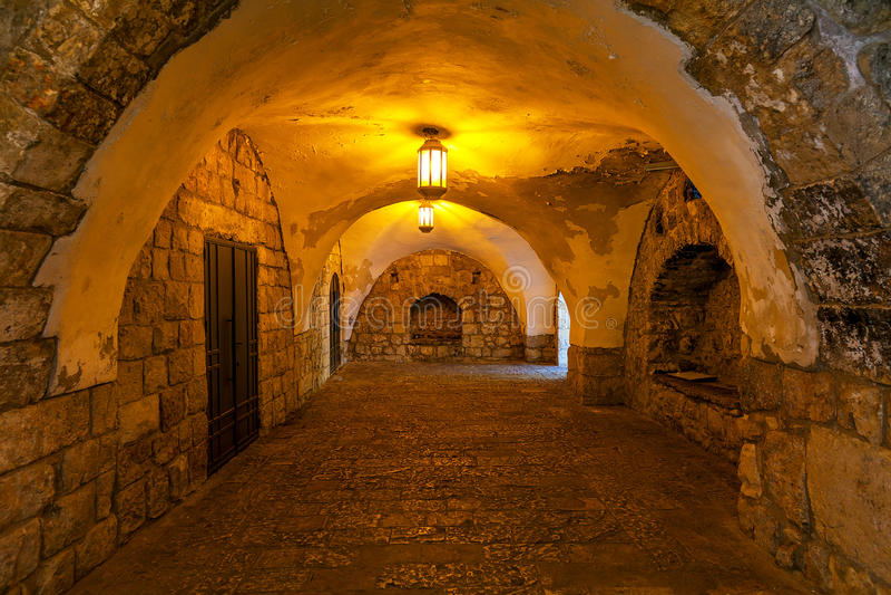 Oude passage in Jeruzalem stock fotografie
