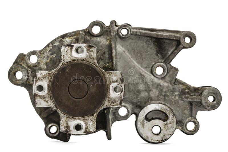 Oude pomp van de auto van het motor koelsysteem, op wit royalty-vrije stock afbeelding