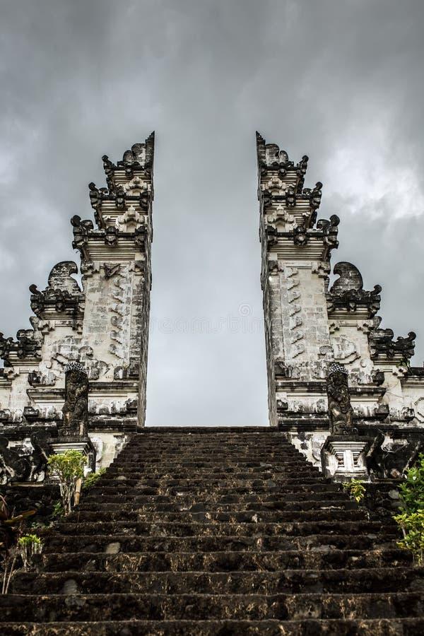 Oude poorten in pura Lempuyang, Bali royalty-vrije stock afbeelding