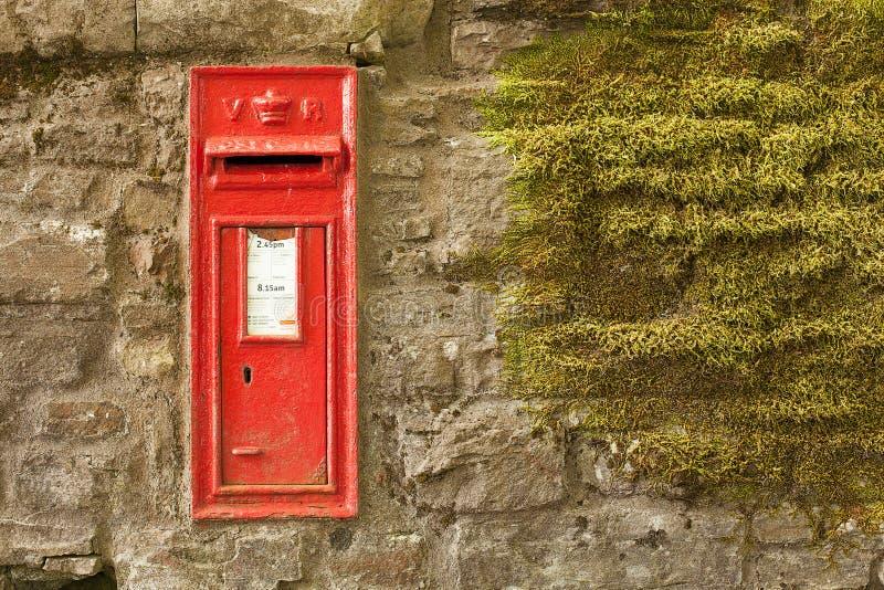 Oude rode het posten doos royalty-vrije stock foto