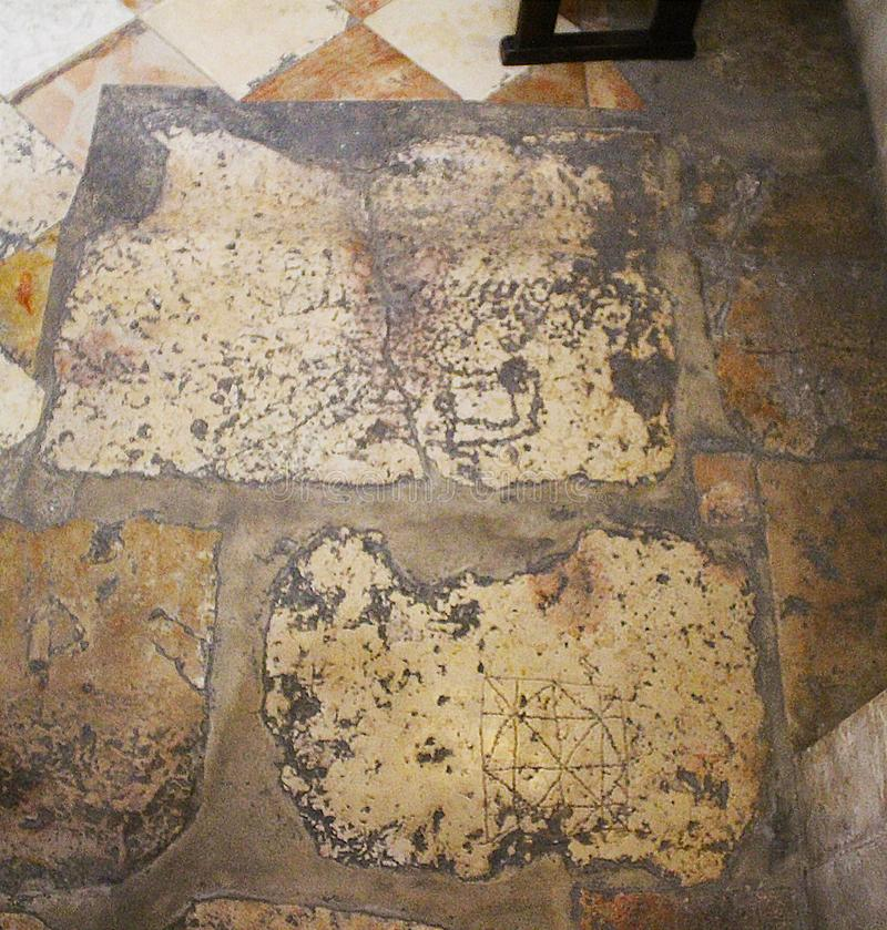 Oude rots van Roman periode in de Kerk van Veroordeling, via Doĺororosa, Jeruzalem, Oude Stad, Israël, bedevaart stock foto's