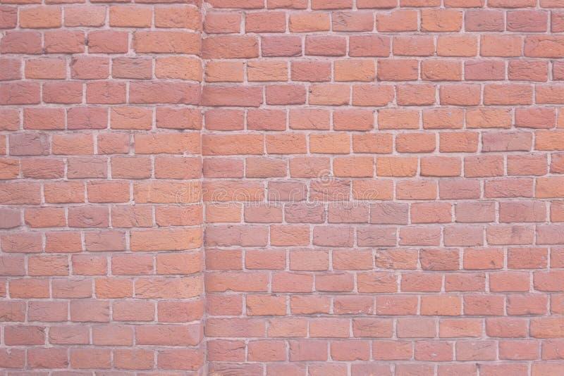 Oude roze muur, bakstenen, grunge achtergrond royalty-vrije stock foto's