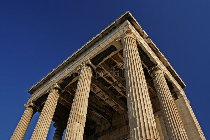 Oude Ruïnes bij Akropolis royalty-vrije stock afbeelding