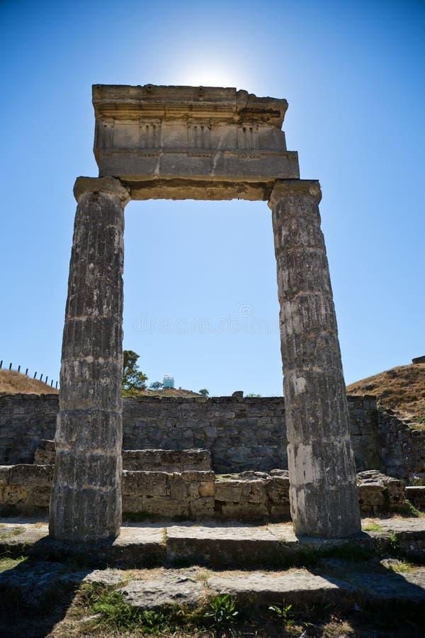 Oude ruïnes Pantekapeya op Onderstel Mithridates stock afbeelding