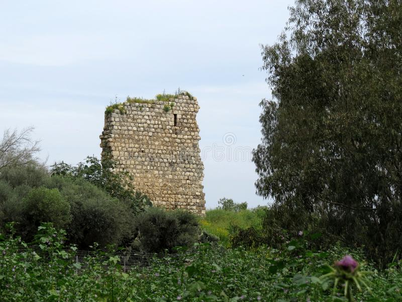 Oude ruïnes van Burgata fort, Hefer Valey, Israël stock afbeelding