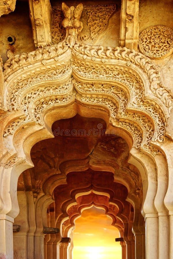 Oude ruïnes van Lotus Temple. Hampi, India. stock fotografie