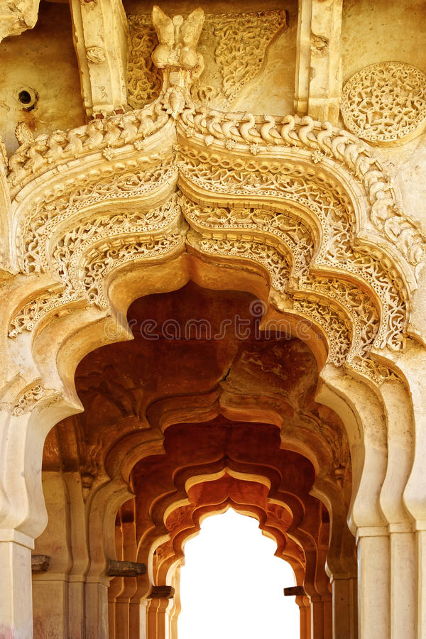 Oude ruïnes van Lotus Temple. Hampi, India. royalty-vrije stock afbeelding