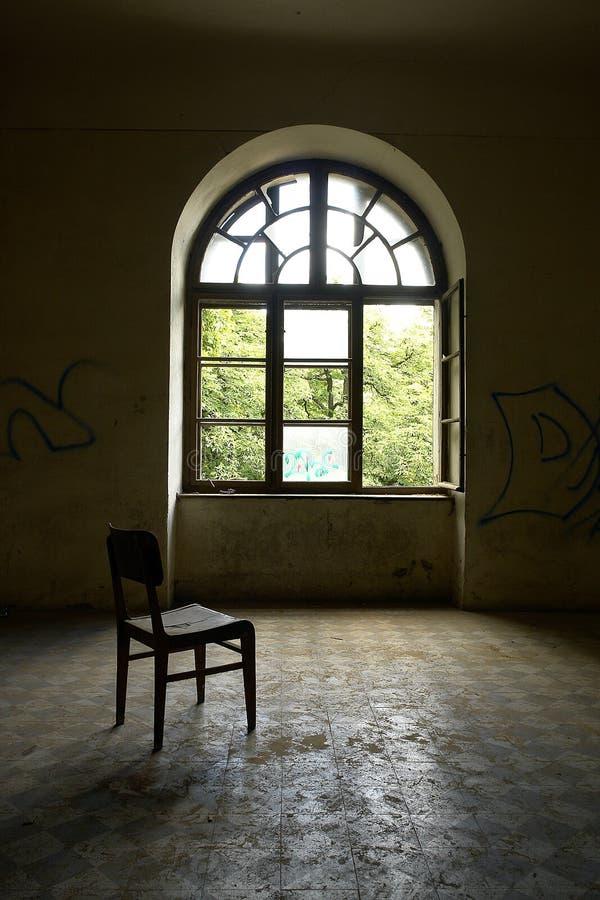 Oude ruimte in donker profiel royalty-vrije stock foto's