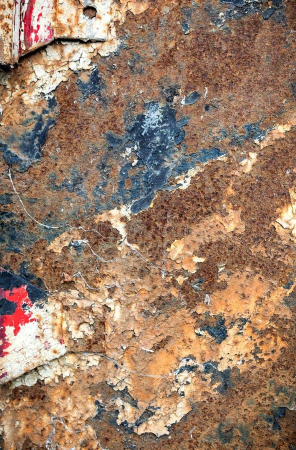 Oude ruwe geweven geroeste metaalplaat stock afbeelding