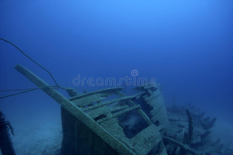 Oude Schipbreuk onderwater royalty-vrije stock afbeeldingen