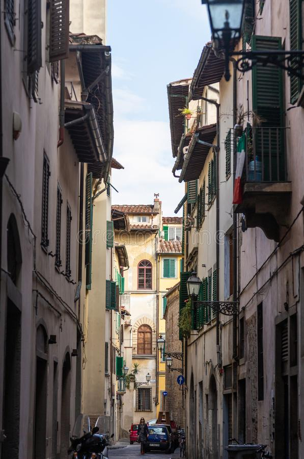 Oude smalle straat in Florence, Italië royalty-vrije stock fotografie