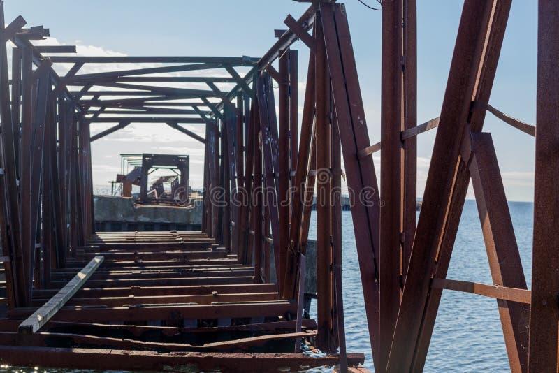 Oude spoorwegbrug royalty-vrije stock afbeelding