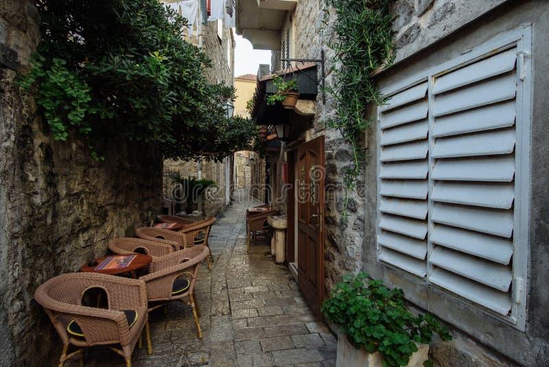 Oude Stad Budva in Montenegro Oude Vesting binnen Venetiaans S stock fotografie