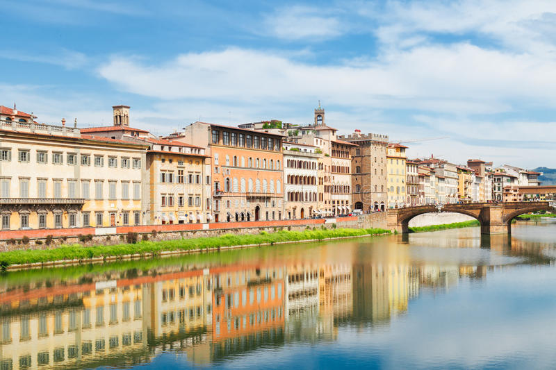 Oude stad en rivier Arno, Florence, Italië royalty-vrije stock foto's