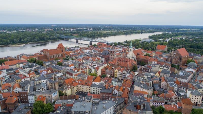 Download Oude Stad En Rivier Op De Achtergrond, Unesco, Lucht Stock Afbeelding - Afbeelding bestaande uit summer, panoramisch: 107703553
