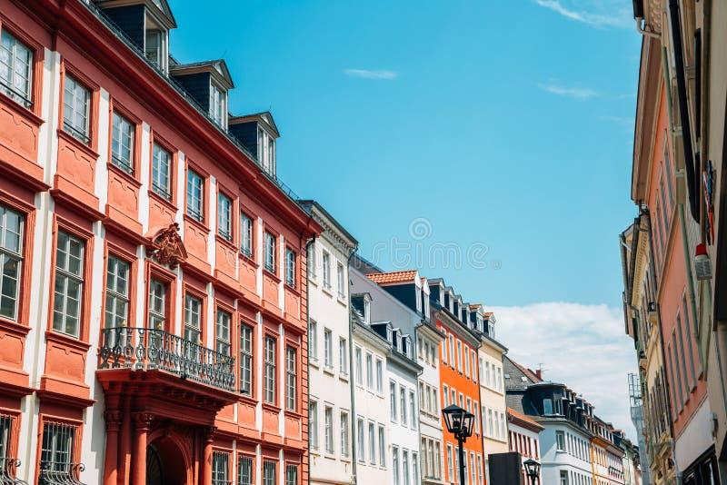 Oude stad Hauptstrasse, de belangrijkste straatkleurrijke gebouwen van Heidelberg, Duitsland royalty-vrije stock fotografie