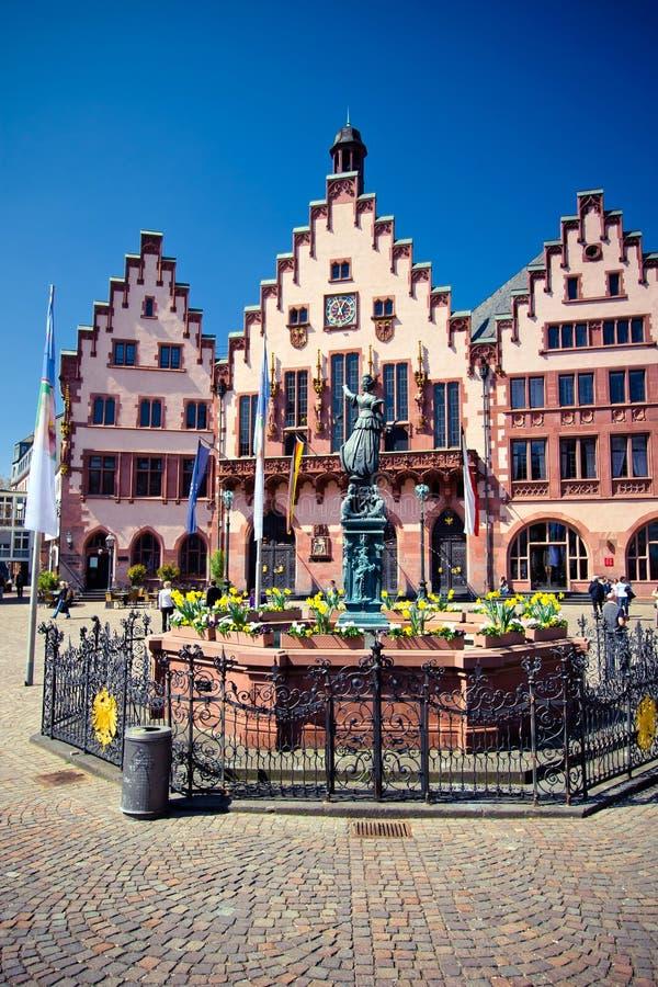 Oude stad van Frankfurt. De plaats van Roemer stock foto