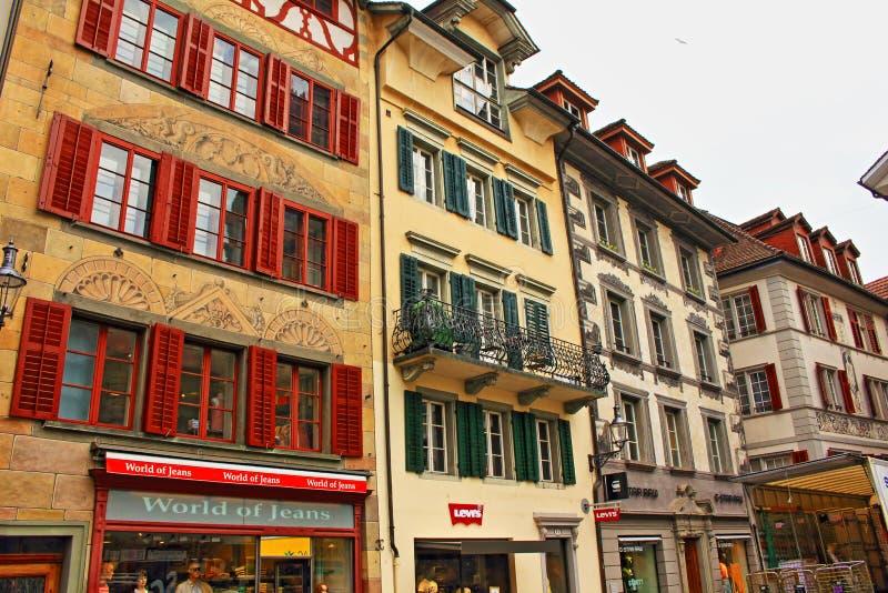 Oude stadsgebouwen Luzerne Zwitserland stock foto