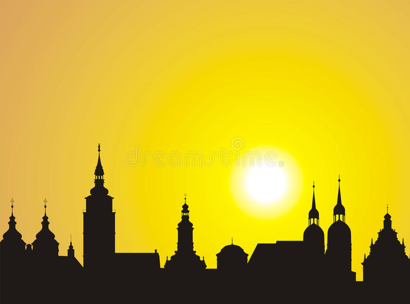 Oude stadshorizon bij zonsondergang