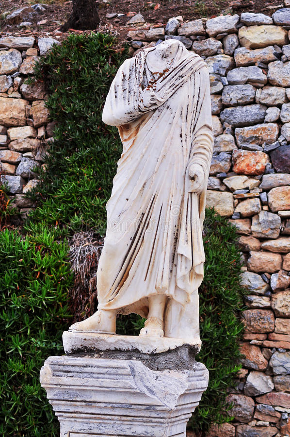 Oude standbeelden in Ephesus stock afbeelding
