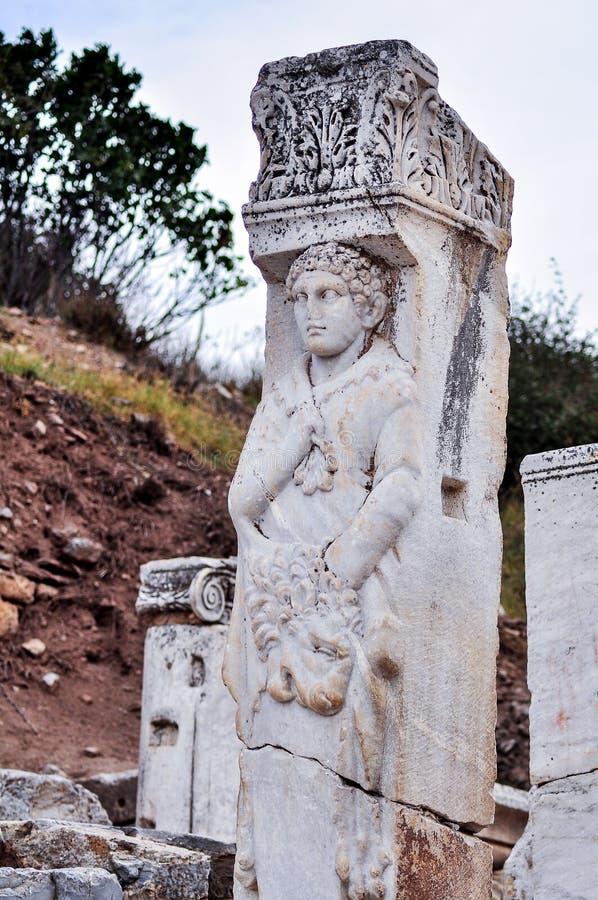 Oude standbeelden in Ephesus stock foto's