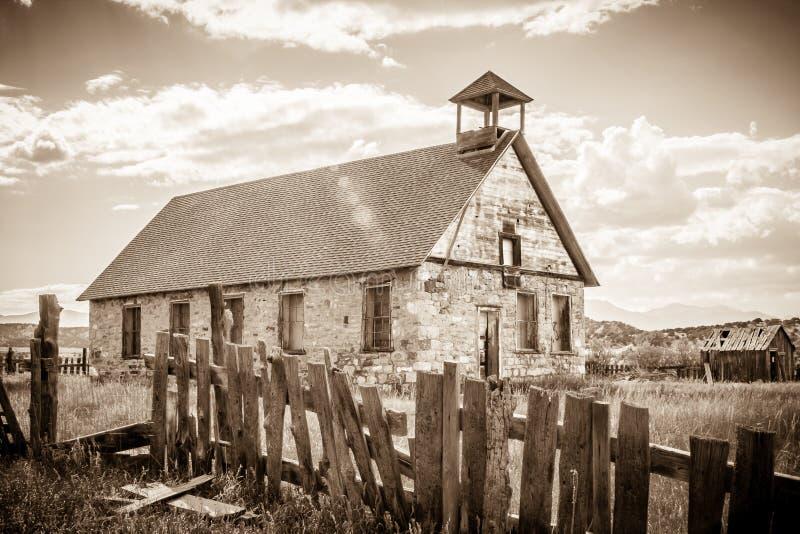 Oude Steenschool in Malachiet Colorado royalty-vrije stock afbeeldingen