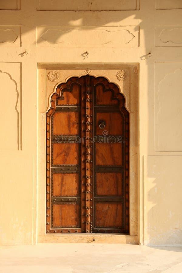 Oude Stijl Indische Antieke Deur, Jaipur, India stock afbeeldingen