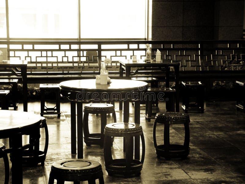 Oude stoelen: Shanghai stock foto's