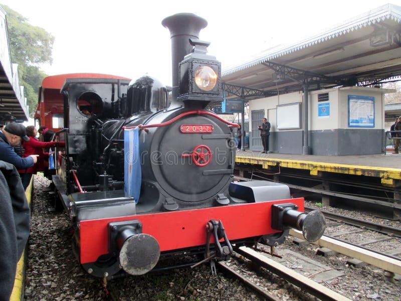 Oude stoommachine bij Haedo-station royalty-vrije stock afbeeldingen