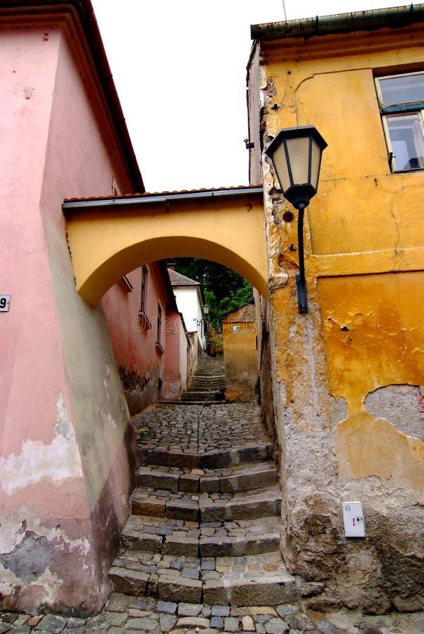 Oude straat van Joods Kwart, Trebic royalty-vrije stock foto