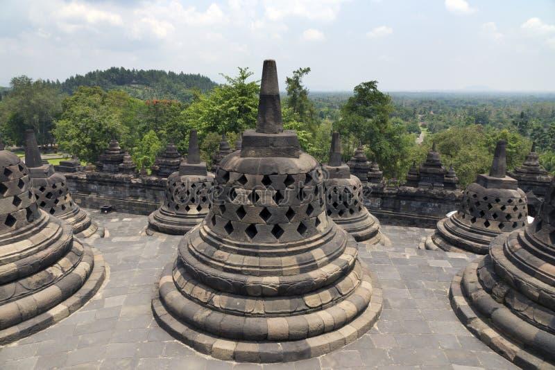 Oude stupa in Borobudur is een negende-eeuw Boeddhistische Tempel in Yogyakarta, Centraal Java, Indonesië royalty-vrije stock fotografie