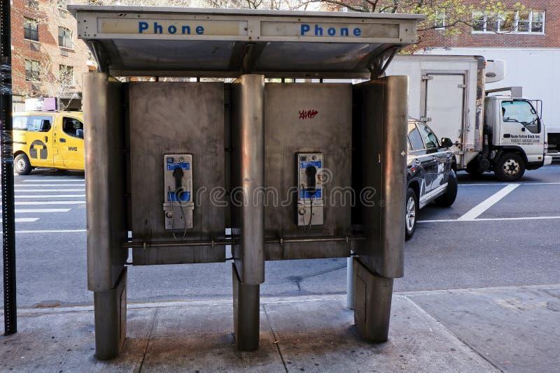 Oude telefooncel in de Stad van New York royalty-vrije stock foto's