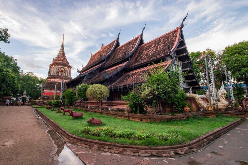Oude tempel in noordelijk van Thailand royalty-vrije stock foto