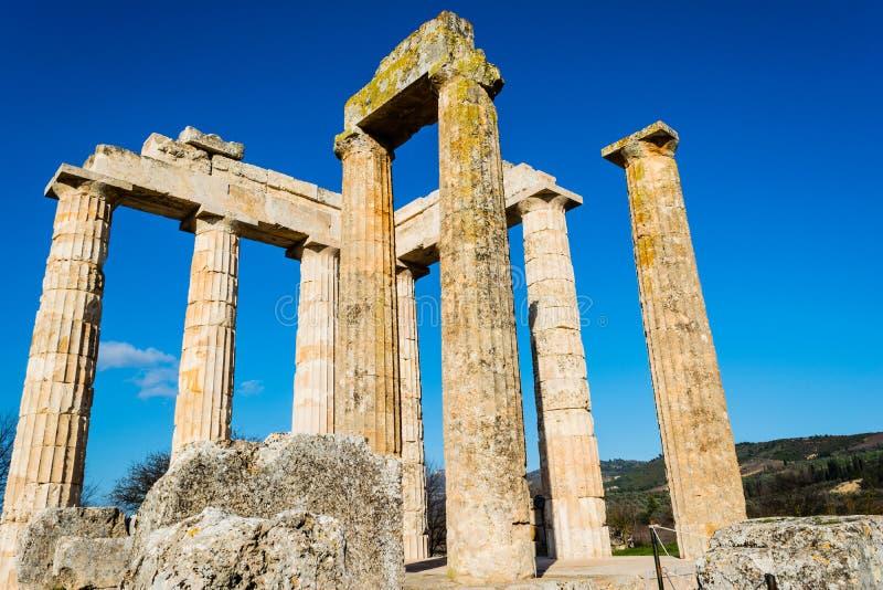Oude Tempel van Zeus in Nemea stock foto's