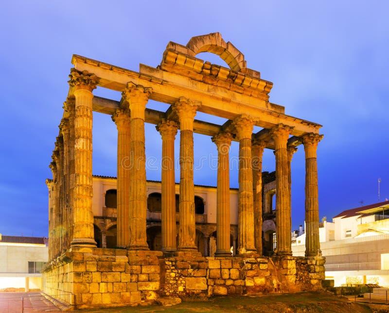 Oude tempel in vroege ochtendtijd Merida stock foto's